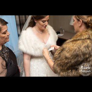 Other - Linda Richard fur  Wedding shall